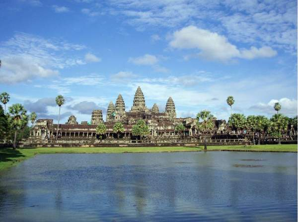 10 World's Largest Hindu Temples [With Pictures] HindUtsav